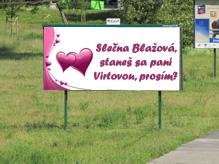 billboard s požiadaním o ruku